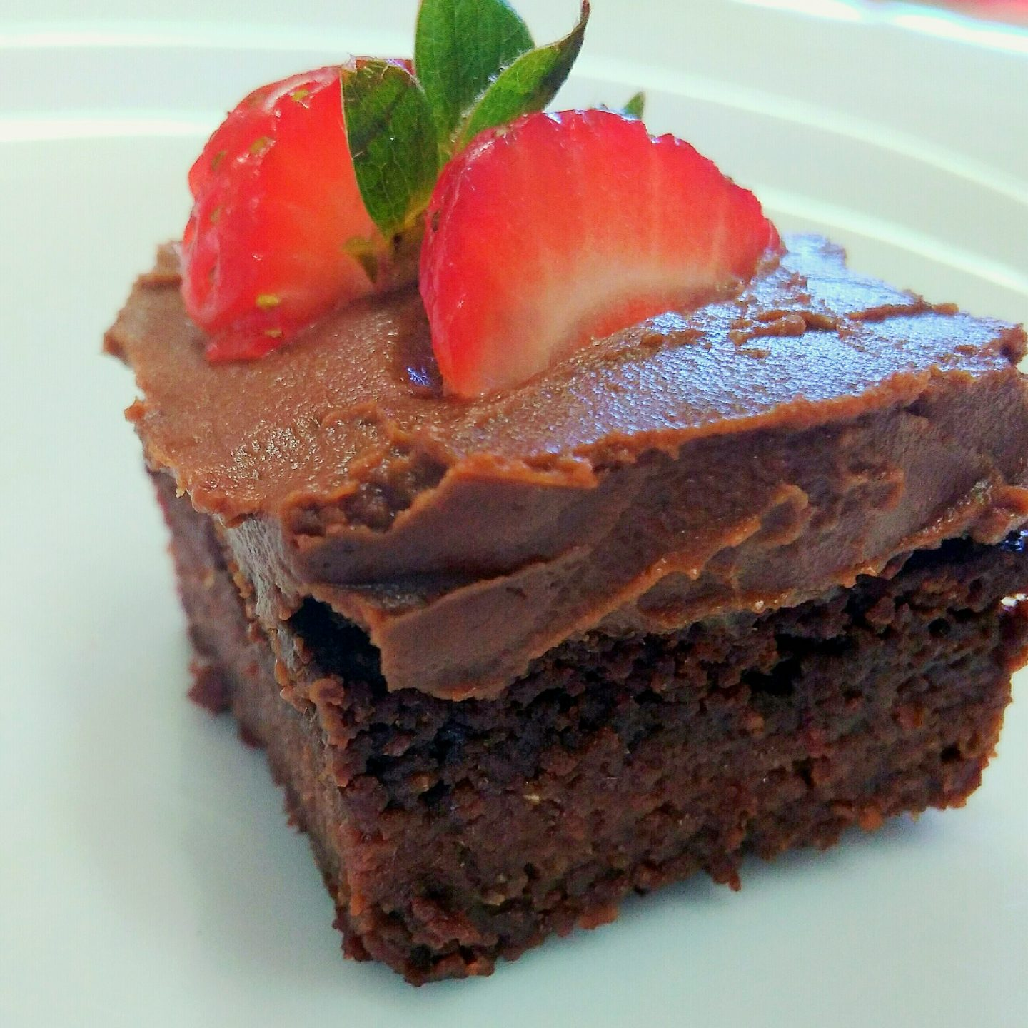 Paleo Chocolate Mousse / Icing